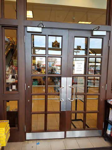 Commercial door repair service in New York